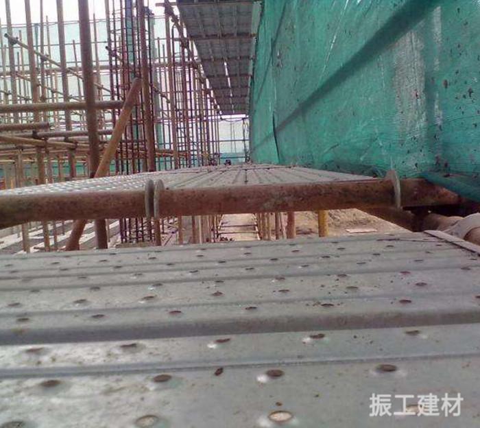 施工钢脚手板案例