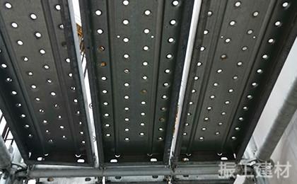 建筑铁跳板